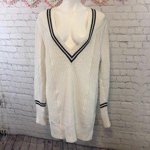 EUC Banana Republic tunic sweater